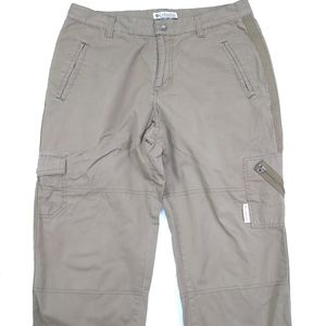 Columbia Cargo Capri Hiking Pants Womens Size 6